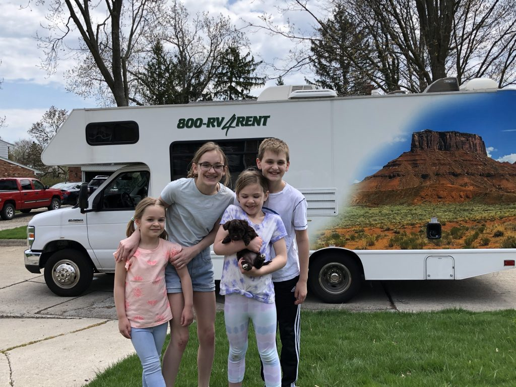 RV trip to Deliver Puppies!